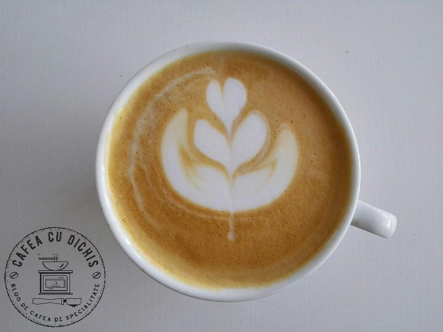 Bolivia Magallanes C-O FI Factory cappuccino
